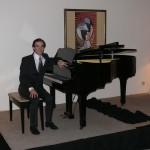 après un récital chant-piano donné à la Résidence de France de Djéddah (Arabie saoudite), le 24 mars 2014