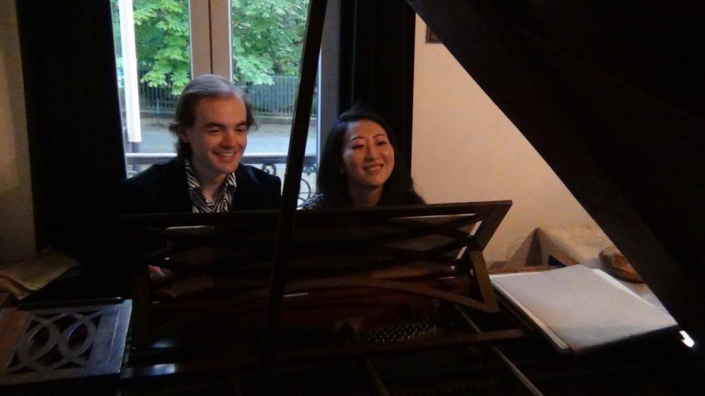 avec Etsuko Hirose chez François, le 30 juin 2014 - séance de déchiffrage des valses de Brahms