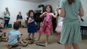 séance d'éveil musical, le 25 juin 2014 (1)